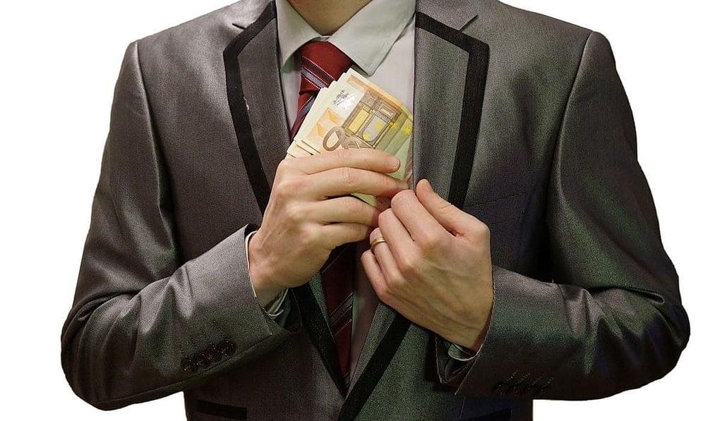 FCPA les secteurs exposés aux affaires de fraude et de corruption en 2017 - Tracker